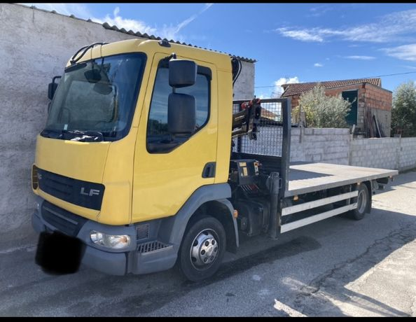 Camião c/ grua DAF LF 45