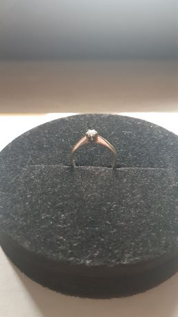 Pierścionek białe złoto diament pierścionek zaręczynowy