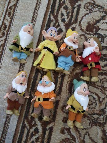 Figurki Disney, 7 krasnoludków