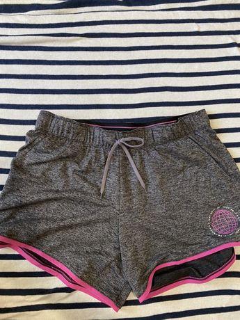 Женские спортивные шорты Nike размер L