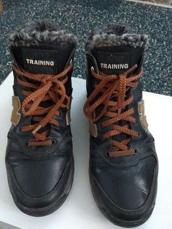 Чоботи черевики-кросівки зимові