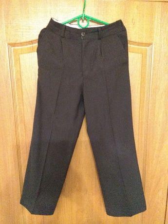 черные школьные брюки, штаны р. 128