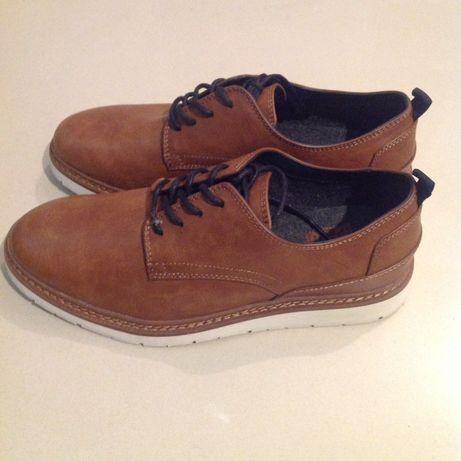 Nowe męskie buty PULL. &BEAR roz 42