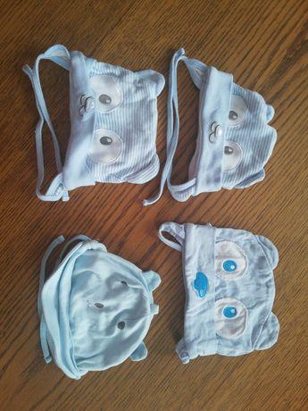 Niebieskie czapeczki chłopięce niemowlęce