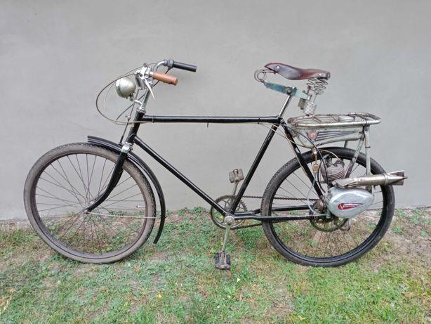 Rower z silnikiem Victoria zabytkowy zabytek antyk