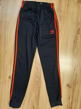 Spodnie dresy Adidas XS 34 granatowe jak nowe