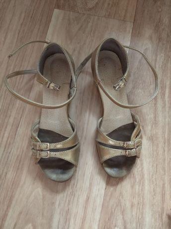 Туфли бальные для танцев