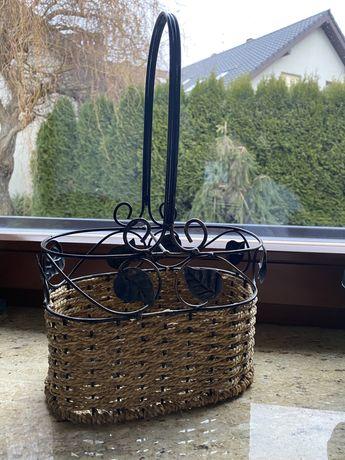 Kosz koszyk na wino zdobiony metalowy