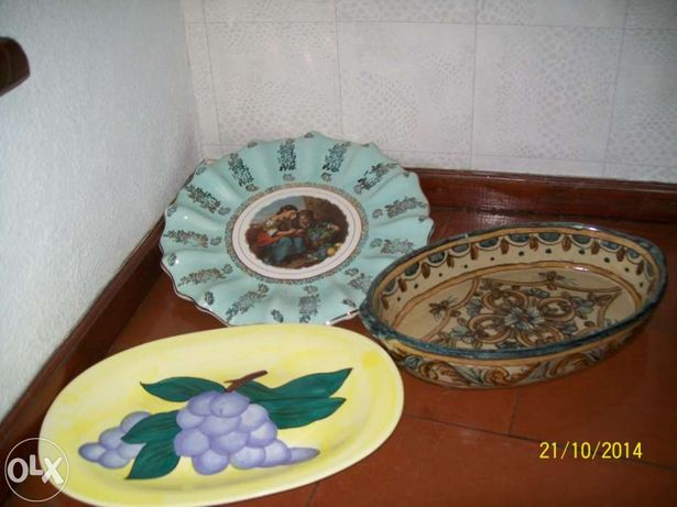 Artesanato do Algarve, prato azul ,,travessac, uvas