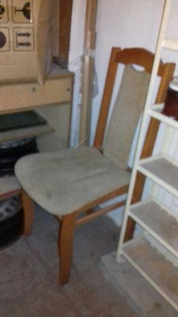 Krzesło z materiałem