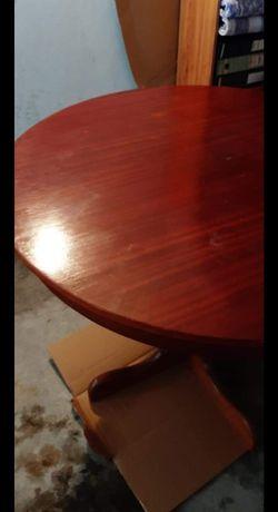 Mesa em mogno + 4 cadeiras