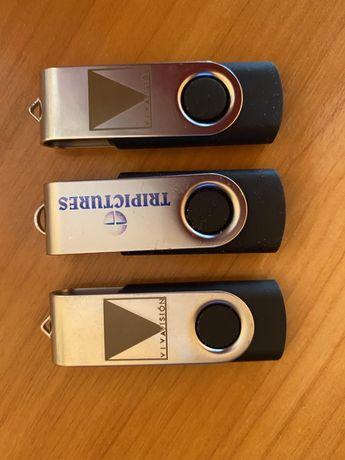 Три флешки по 4 GB