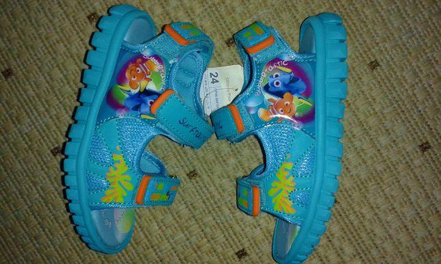 Disney*Sandałki dla chłopca,rozm.24*Nemo (dł.wkładki 16,5 cm)