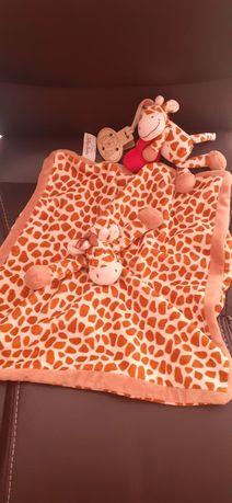 Kocyk przytulanka żyrafa, klips żyrafa z serduszkiem Teddykompaniet