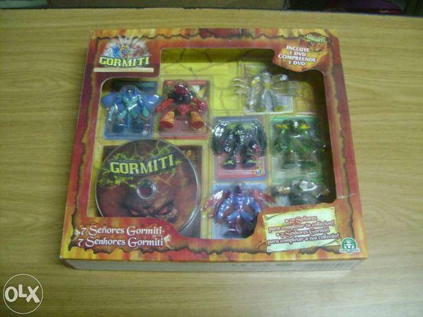 Caixa com 7 Gormiti + 1 dvd novo
