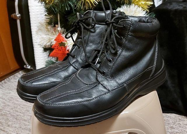 Отличные кожаные ботинки 43 размер/отличное состояние/очень теплые, ле