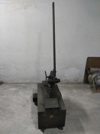 Tesoura ou Guilhotina Mecanica para corte de Ferro