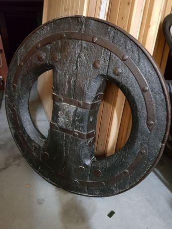 Roda de carroça decoração rural lindíssima