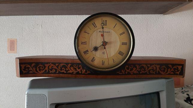 Часы настольные, СССР, янтарь.