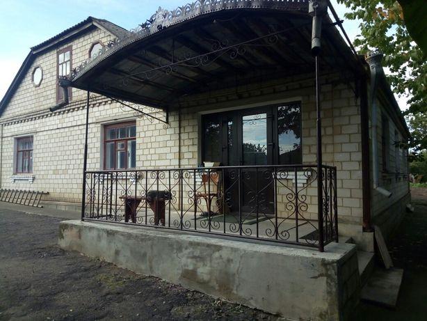 Продам будинок в с.Кинашів.
