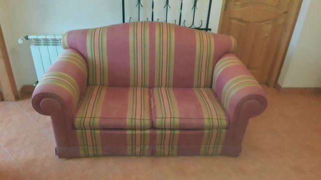 Sprzedam bardzo ładną sofę