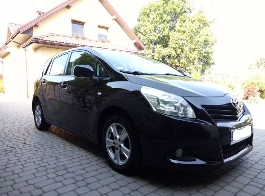 Toyota Verso 2,0 diesel 126kM