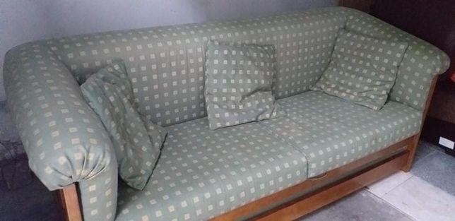 Sofá cama estado razoável
