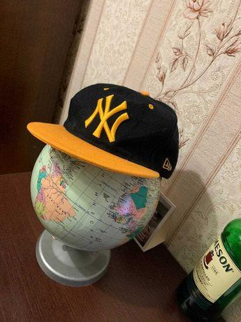 Продам кепку Snapback New York by New Era