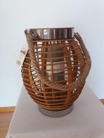 Lampa ogrodowa. Lampion drewniany.