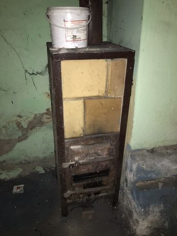 Piecyk węglowy szamotowy do warsztatu garazu