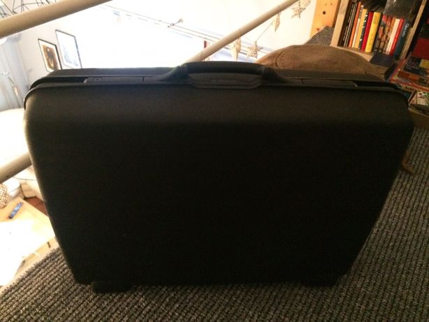 Walizka Samsonite bardzo duża czarna walizka firmowa Samsonite kufer