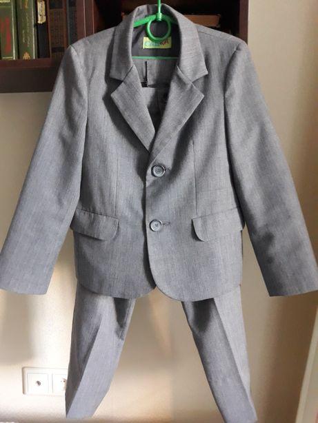 Продам школьный костюм для мальчика 1-2 класса