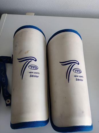Caneleiras Hoquei em Patins TVD (tamanho M)