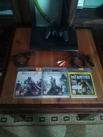 konsole PS3, 500 GB + 1 pad + 5 gry gratis