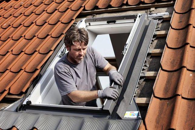 Wymiana i montaż okna dachowego. Velux, Fakro inne. Usługi dekarskie