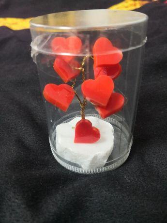 Walentynkowe miłosne drzewko szczescia na Walentynki serduszka prezent