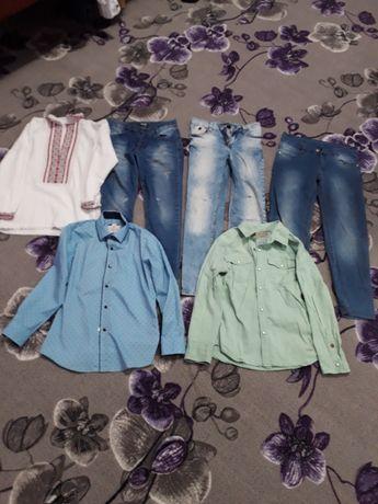 Вещи на мальчика 8-9 лет вышиванка ,джинсы ,рубашка