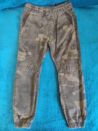 Камуфляжные штаны для мальчика