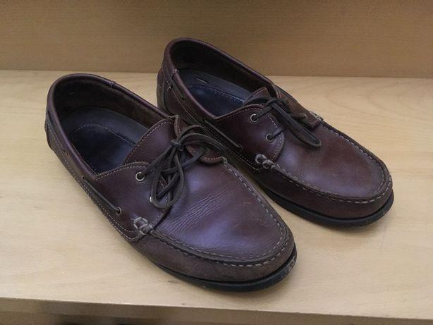 Sapatos de homem em pele como novos tamanho 44