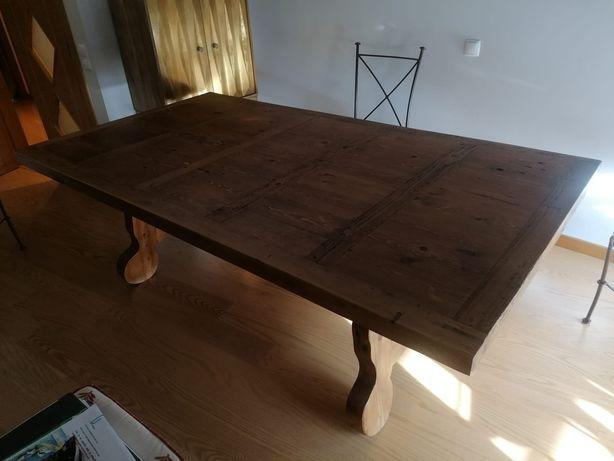 Mesa + cadeiras de jantar
