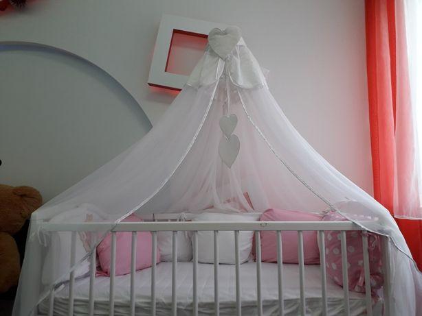 Детская кроватка (белая)