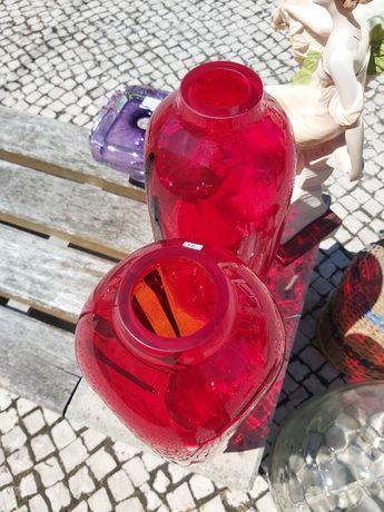 Par jarras vidro, vermelhas