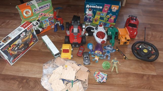 Ассорти из игрушек для ребенка 2-6 лет
