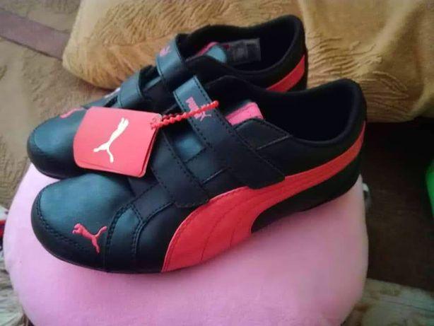 Кросівки фірми Puma