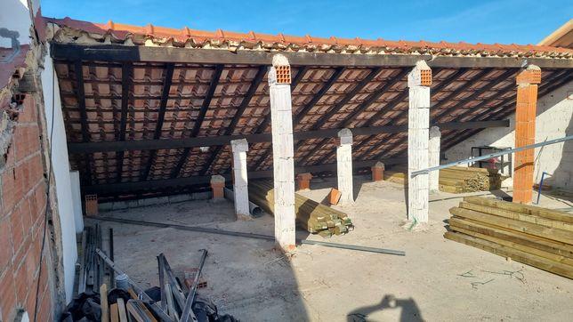 Desmanche e construção de telhados