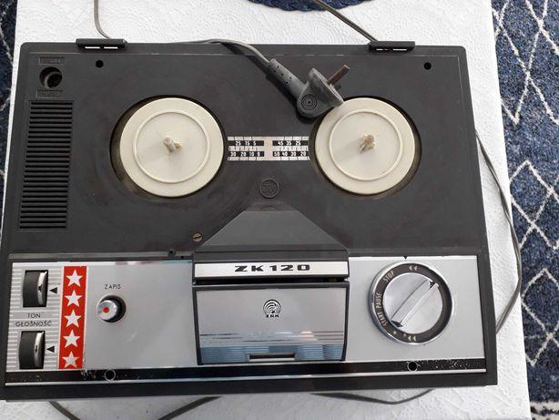 Magnetofon Grundig ZK120