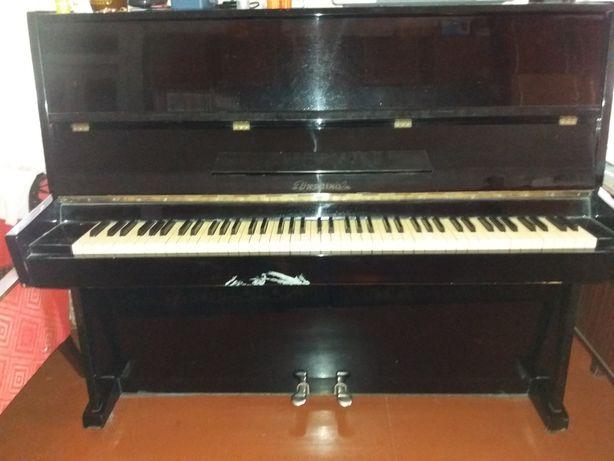 Пианино Украина.