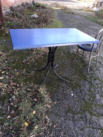 Продаются столы и стулья
