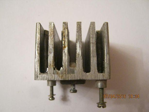 Радиатор на микросхему