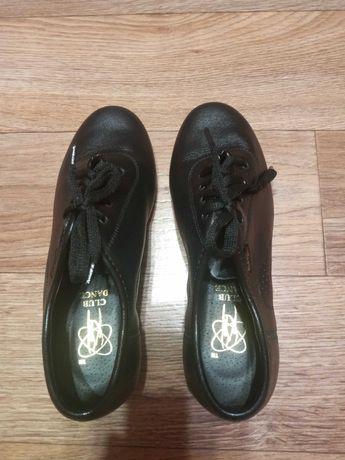 Туфлі для танців